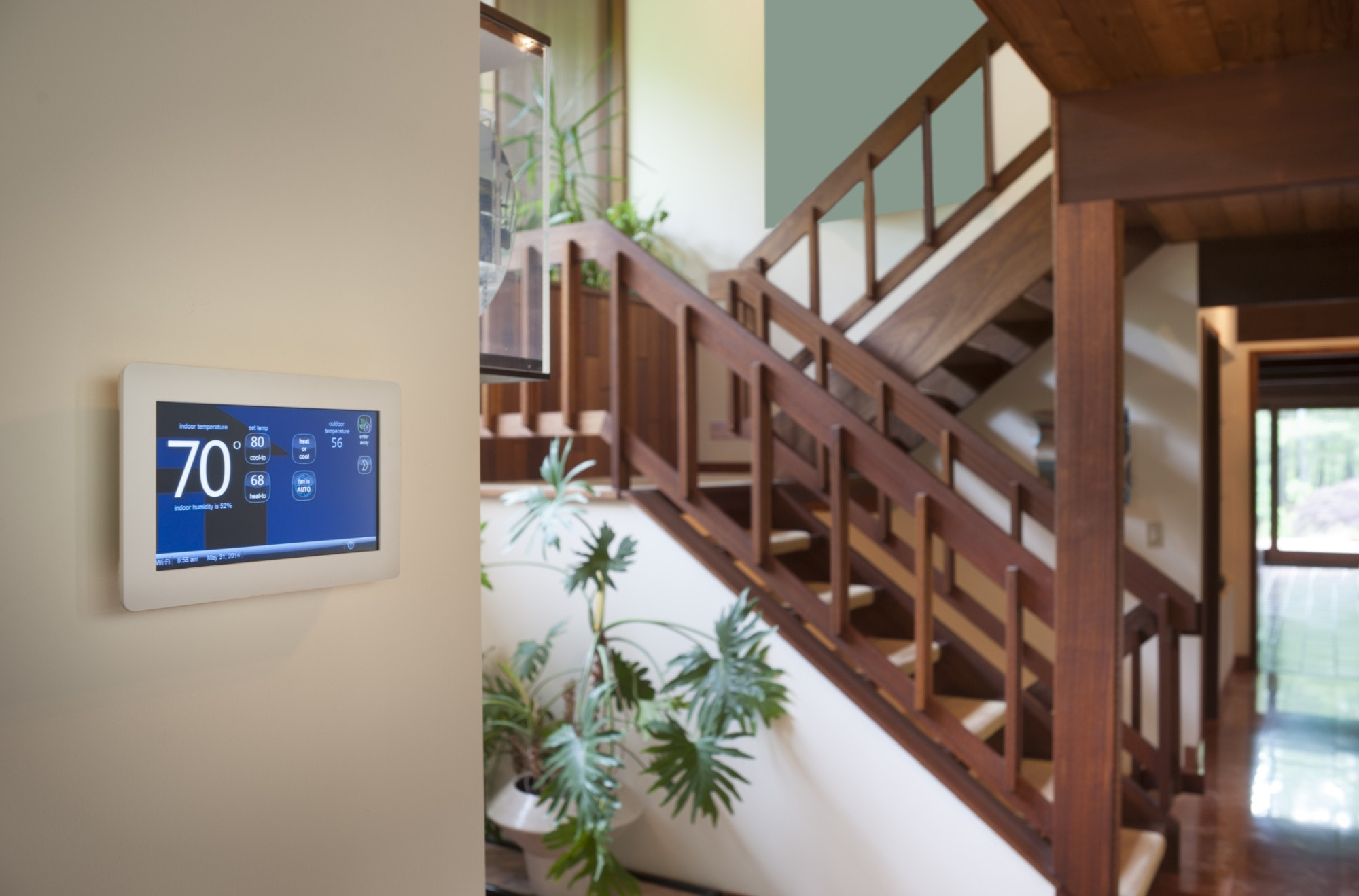 Smart-wall-energy-control-thermostat-min